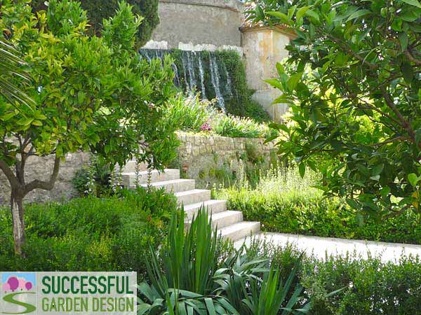 Garden tour jardin nazari spain for Successful garden design