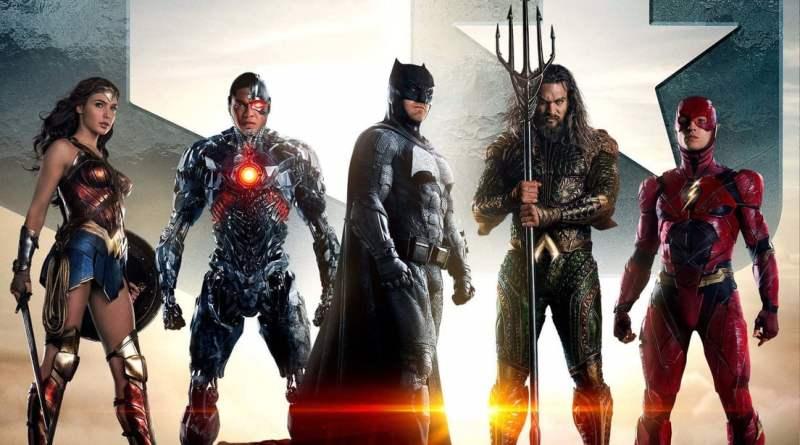 poste de la película de la Liga de la Justicia donde aparecen: Batman, Flash, Superman, La Mujer Maravilla, Aquaman y Cyborg