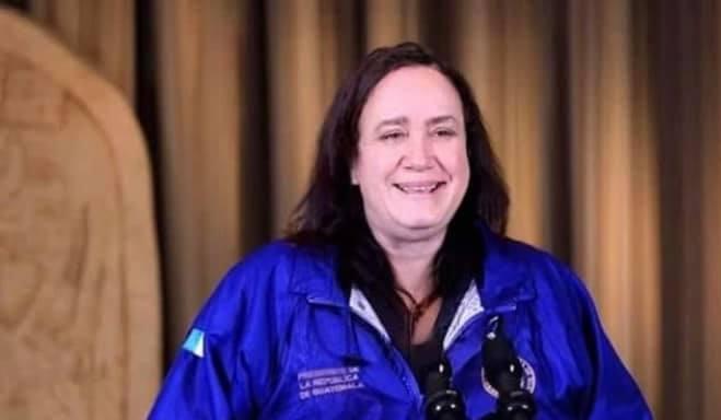 Doña Chonita Alter ego de Alejandro Giamjmattei presidente de Guatemala