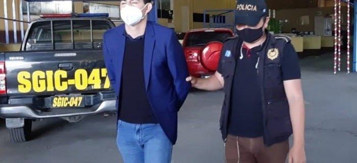 Futbolista Marco Pappa Ponce, esposado y arrestado por el delito de violencia contra la mujer