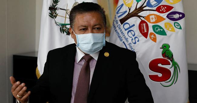 Ministro de Desarrollo Social Mides, Raúl Romero, en una conferencia de prensa