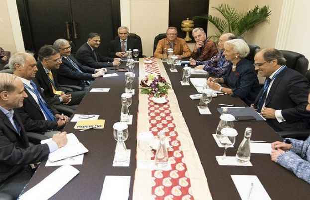 IMF delegation arrived in Pakistan for talks on a bailout package
