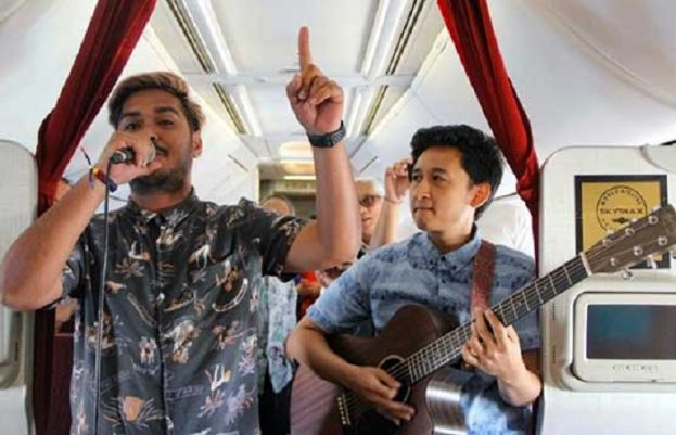 Indonesia airline brings live music to the skies
