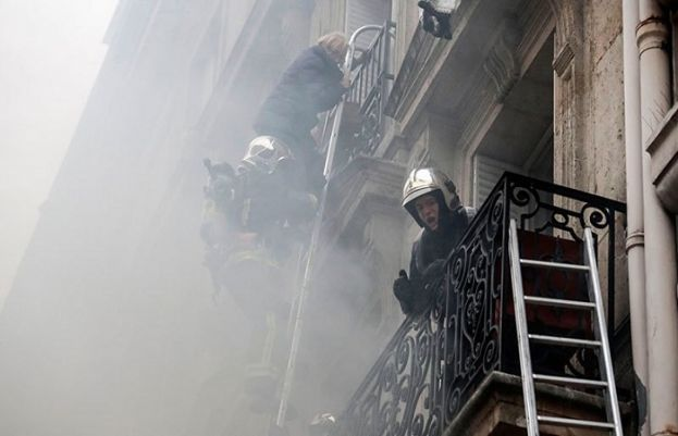 Two firefighters killed as gas leak explosion rocks central Paris