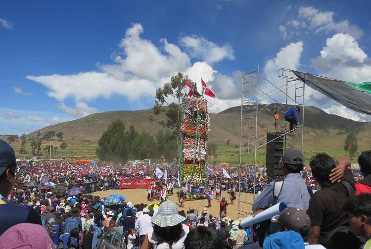 Pujllay festival tarabuco sucre bolivia 2
