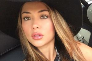 Travis-Barker-dating-model-Arianny-Celeste