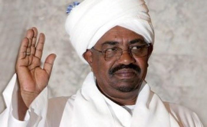 مواطن سوداني يحكي عن موقف لم يتوقعه حدث له مع الرئيس البشير !!