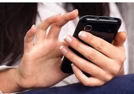 """""""أوبو"""" الصينية تتوصل لتقنية تمكنك من استعمال الهاتف الذكى ساعتين بعد 5 دقائق شحن"""