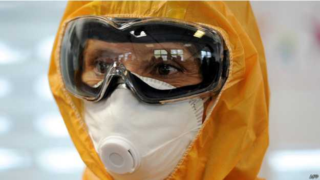 علماء يكتشفون لقاحا يمنع انتقال إيبولا للبشر