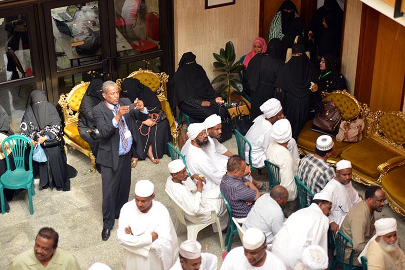 الناخبون السودانيون بدول المهجر يواصلون الإدلاء بأصواتهم