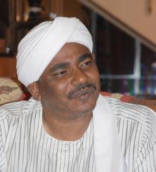 الصادق الهادي: لجنة عليا لإعداد خطة قومية لتنمية الموارد البشرية في السودان