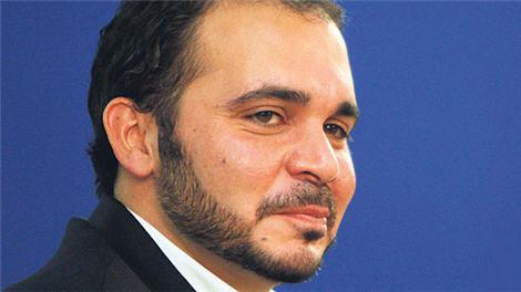 """الأمير علي يحرج جوزيف بلاتر: """"الإصلاحات ليست مهمتك"""""""