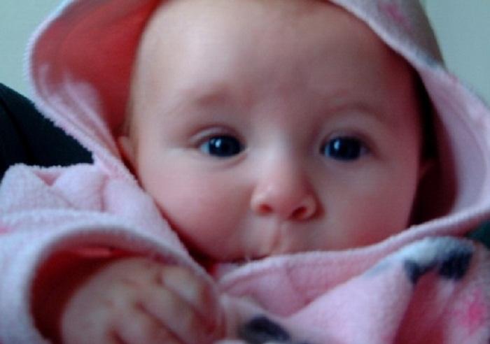 """بالصور: ولادة أول أنثى لعائلة """"صبورة"""" بعد 117 عاما من الذكور"""