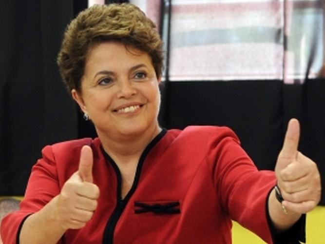 بالصور: الشابة التي عذبت بالصعق والغرق وأصبحت رئيسة للبرازيل