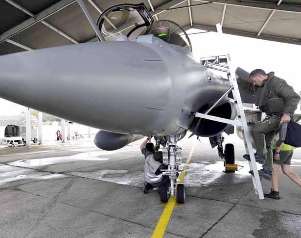 """البنتاغون: فقدنا 19 طيارا في الحرب ضد """"داعش"""""""