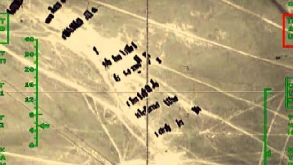 مجزرة صهريجية بسوريا دمرت 500 شاحنة لداعش كانت تنقل نفطا لتكريره بالعراق فأغارت عليها طائرات وجعلتها كأنها لم تكن