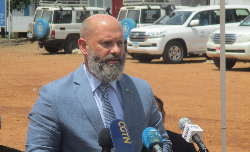 Acting UN Resident & Humanitarian Coordinator in South Sudan, Matthew Hollingworth, addressing reporters in Juba on 15 April 2021 [Photo by Sudans Post]