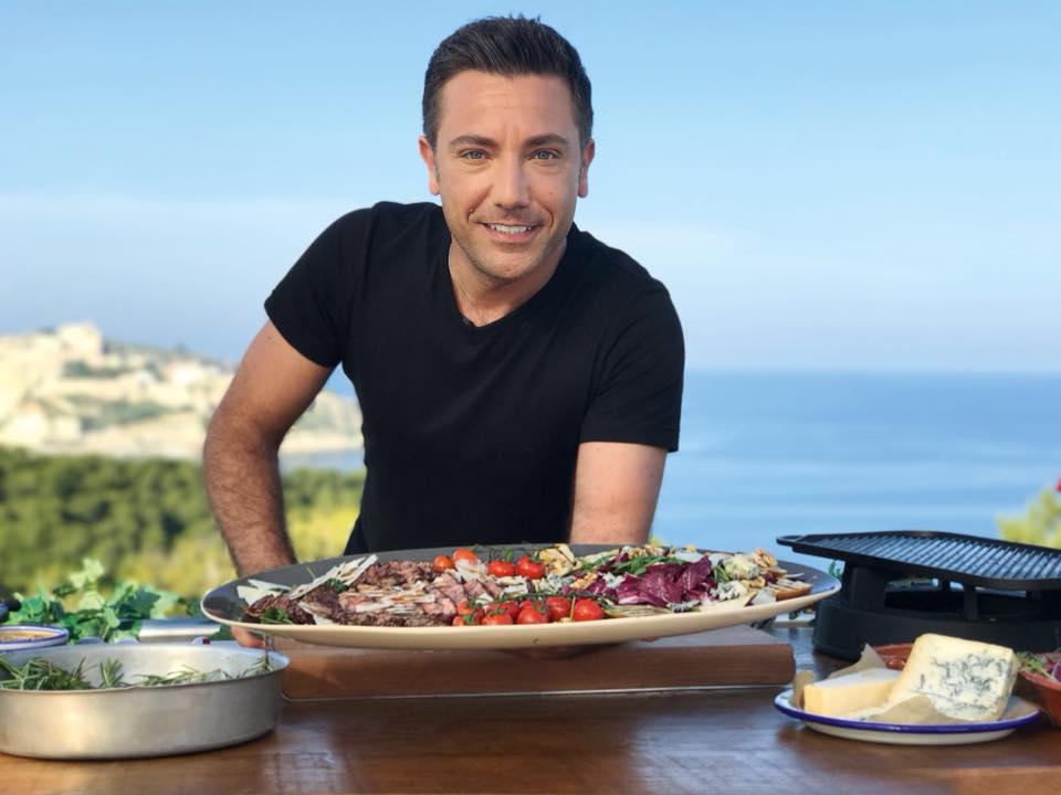 Gino D'Acampo, lo chef napoletano star in Inghilterra debutta nella TV italiana