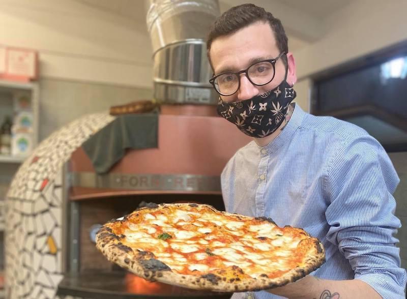 """Gioele Esposito: """"Faccio il pizzaiolo con l'obiettivo di essere unico è diverso dagli altri"""""""