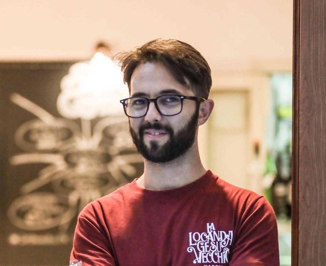 """Vittorio Fortunato de """"La Locanda Gesù Vecchio"""": """"Il locale è la mia seconda casa, noi ristoratori lottiamo per sopravvivere"""""""