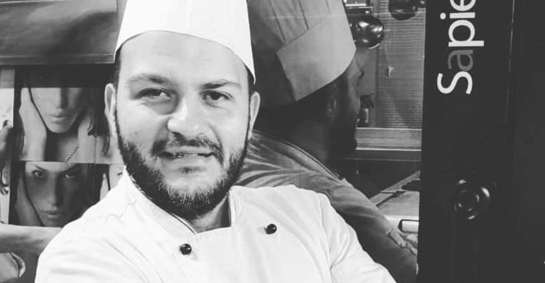 """Raffaele Pirozzi da Giugliano a Lucca attraversando gli USA: """"Ho cucinato per i Clinton. Insegnare è dare un futuro"""""""