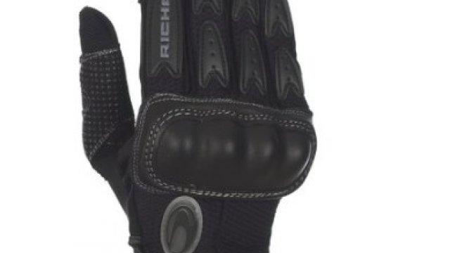 basalt ii gloves by richa des gants a r s sudmoto yamaha sud bruxelles. Black Bedroom Furniture Sets. Home Design Ideas