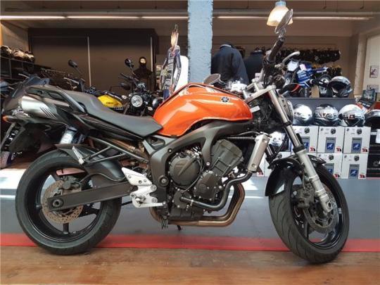 Yamaha FZ6-N S2 - 0
