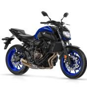 2018-Yamaha-MT-07-EU-Yamaha-Blue-Studio-001
