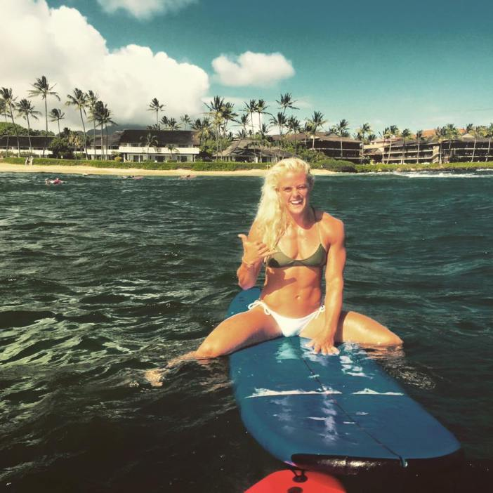 sara surf