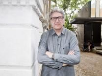 """Interview mit Boris Groys: """"Für diese Ohnmacht sucht man eine Erklärung"""""""