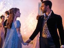 """""""Bridgerton"""" auf Netflix: Es sind nicht nur die Bettszenen"""