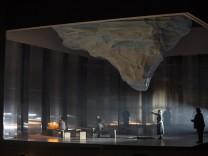 Digitiale Opernpremieren: Wenn die Urne explodiert
