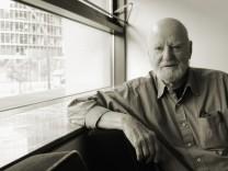Nachruf auf Lawrence Ferlinghetti: Der Mann, der den Laden zusammenhielt