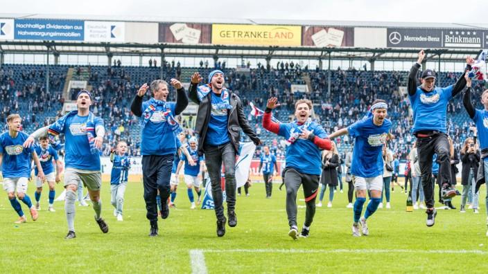 Hansa Rostock Aufstieg 2. Liga : Fc Hansa Rostock Endlich Wieder 2 Liga Sport Sz De