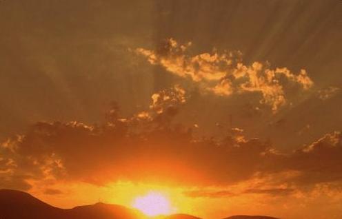 ΕΙΡΗΝΗ ΧΑΤΖΗΑΝΑΣΤΑΣΙΑΔΟΥ: Η ΑΤΕΛΕΙΑ ΤΟΥ ΦΩΤΟΣ ΜΕΡΟΣ 3ο
