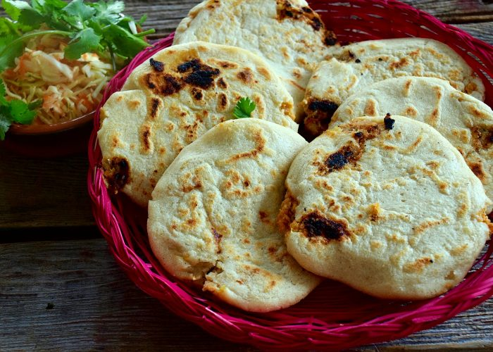 Pupusas de Chicharrón (Salvadoran Pork-Stuffed Masa Cakes)