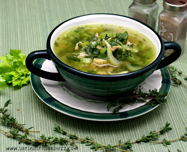 Chicken Leek Soup With Garlic & Coconut Oil To Fight The Flu