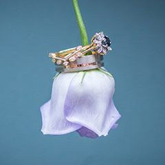 wedding rings purple flower