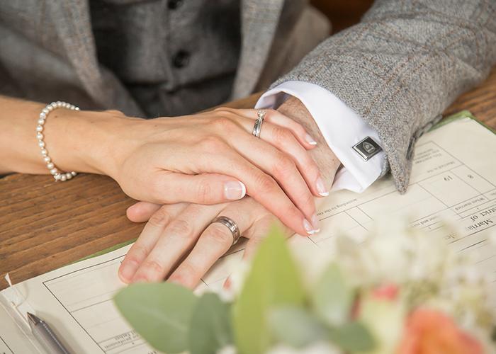 hands on register