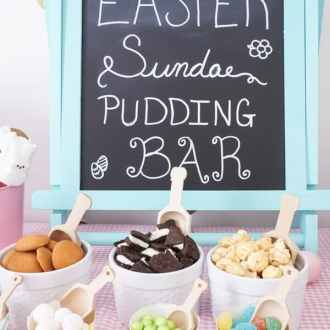 This Easter Sundae Pudding Bar with Snack Pack is the perfect way to celebrate with family! Such an easy and fun way to welcome spring! #SnackPackMixins #Ad