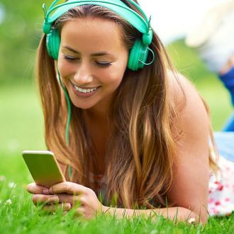 This Summer Playlist will be the soundtrack of your summer! Make the most of it!
