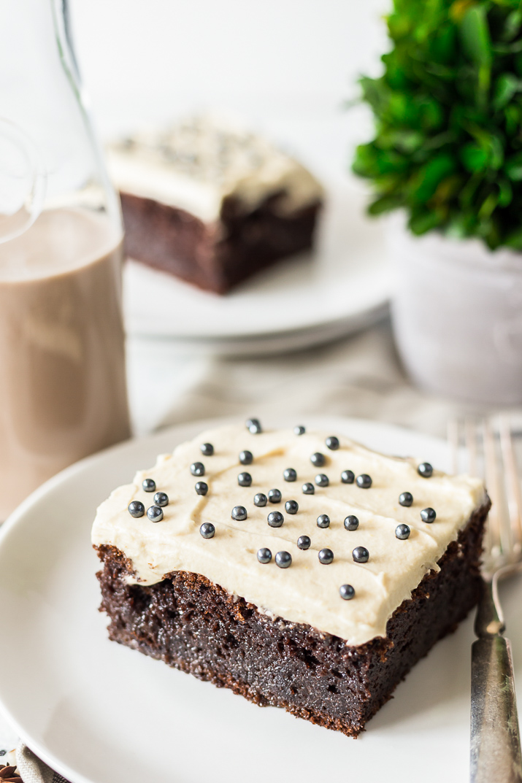 How to make irish cream cake for st. patrick's day