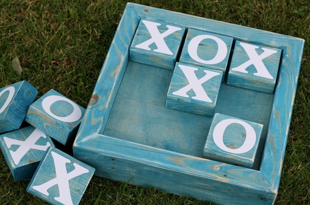 2x4 tic tac toe by GingerSnapCrafts.com_thumb