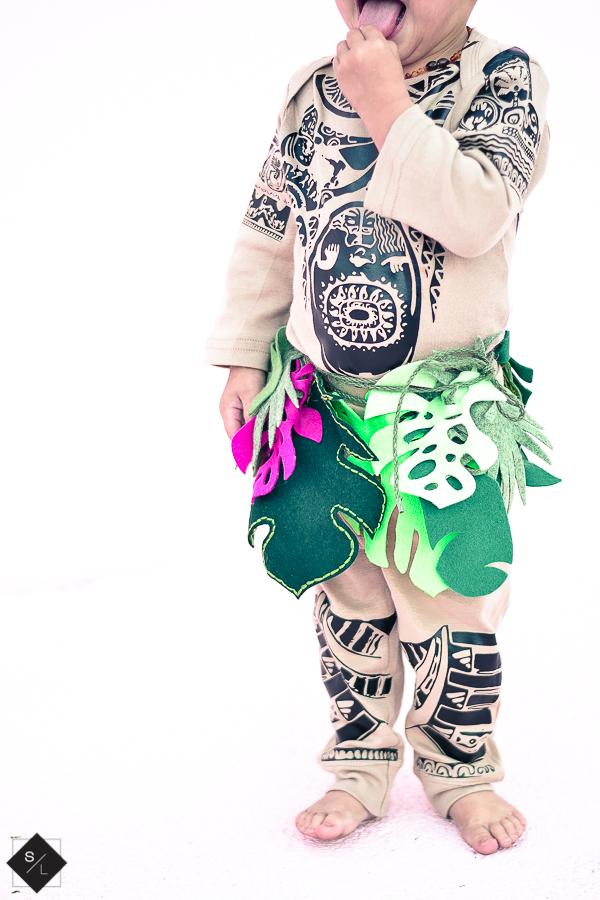 DIY-Maui-Halloween-Costume-with-Cricut-1-11