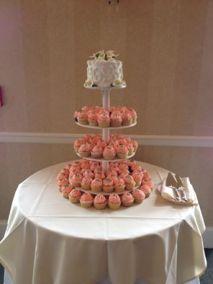 Cupcake-towerPeach.jpg