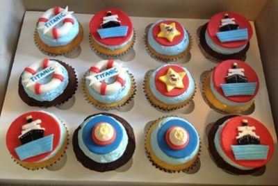 Titanic-cupcakes.jpg