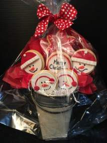 Snowman cookie bouquet wrapped