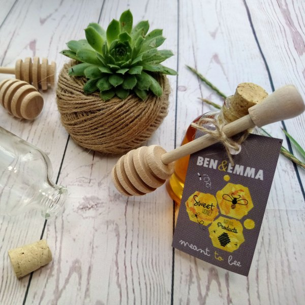 Rustic Honey Miniature Bottle Wedding Favour with drizzler