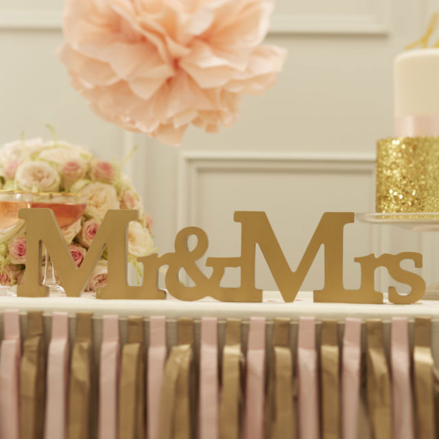 Mr and Mrs Wooden Gold Sign Pastel Perfection