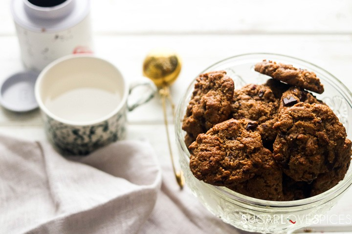 flourless almond butter chocolate chunk cookies-cookies and tea